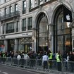 The scene at Apple's Regent Street store on iPad launch day - photo 3