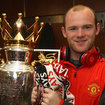 Wayne Rooney spotted with elusive red Beats by Dr Dre while holding Premier League trophy - photo 2