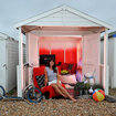 Virgin Media pimps out beach hut to be gadget lovers' dream holiday destination - photo 1