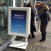 Forget the Apple Store, the iPhone 5 is available just yards away with no queues - photo 2
