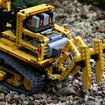 Lego Technic 8275 Motorized Bulldozer review - photo 4