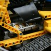 Lego Technic 8275 Motorized Bulldozer review - photo 5