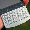 BlackBerry Porsche Design P'9981 - photo 2