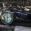 Toyota FV2 pictures and eyes-on: Tron-like concept 'car' that you won't be driving in the future - photo 7