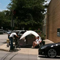 VIDEO: First reported iPhone 4 camper starts queuing