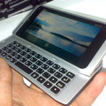 Nokia N9 snapped: Nokia Booklet 3G goes mini