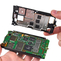 Nokia N8 gets the teardown treatment