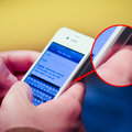 Does this photo prove iPhone 4 antenna design update is rolling-out?