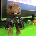 Sackboy stands up ready to hold your PS3 controller