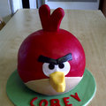 Amongst all the iPad 2 shenanigans, an Angry Birds cake