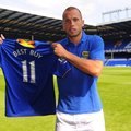 Transfer swoop as Everton sign Best Buy