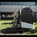 Ice Cream Sandwich complete, Google erects statue