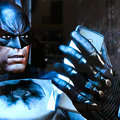 Does Batman rock a HTC Titan in Arkham City?