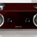 Samsung Audio Dock brings valve amp sound to iOS and Galaxy S mobiles