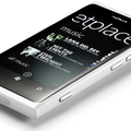 White Nokia Lumia 800 now official, coming to the UK
