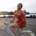 Nokia girl on bike teaser appears, shot on a Windows Phone 8 Lumia with PureView? (video)