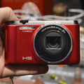 Casio Exilim EX-ZR1000 pictures and hands-on