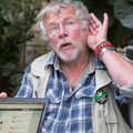 Bill Oddie translates bird tweets into, er, tweets