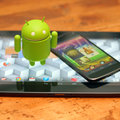 Nexus 4 and Nexus 10 go on sale, Google Play stock runs out almost immediately