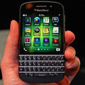 Sprint will offer the BlackBerry Q10, passing on the BlackBerry Z10