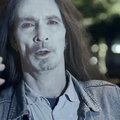 iPhone owners are mindless zombies, says Nokia in new Lumia 925 ad
