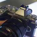 Olympus OM-D E-M1 silver adds updated firmware in addition to spangly exterior (hands-on)
