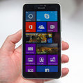 Microsoft Lumia 640 XL hands-on: Big brute packs in Zeiss lens