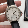 Mondaine Helvetica No 1 hands-on: The Swiss watch just got smarter