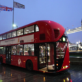 London's hybrid buses to wirelessly recharge at stops