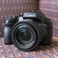 Panasonic Lumix FZ330: Superzoom gets even more serious (hands-on)