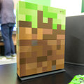 Vorschau des Xbox One S Minecraft Limited Edition-Bundles: Jeepers Creepers