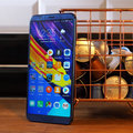Honor View 10 review : Les avantages phare sans le point de prix fait mal