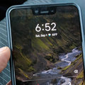 Google Pixel 3 XL left in back of Lyft cab, driver takes pics before returning it