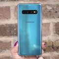 How much does the Samsung Galaxy S10 cost in the US?