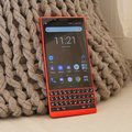 La nouvelle clé rouge chaud de BlackBerry en images