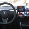 Musk confirms that YouTube and Netflix are coming to Tesla cars soon