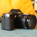 What to look for in a mirrorless camera? We highlight why the X-S10 is a great option