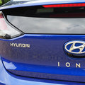 Is Apple really trying to develop a self-driving electric car with Hyundai?