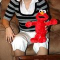 Elmo makes death threats to 2-year-old
