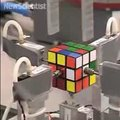VIDEO OF THE DAY – Robot solves Rubik's Cube