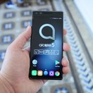 Alcatel 5 initial review: Striking edge-to-edge looks in an affordable package