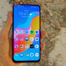 Honor View 20 initial review: A hole new idea