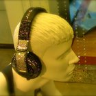 It's a bling ting: Swarovski inspired Pioneer HDJ-2000 headphones - photo 4
