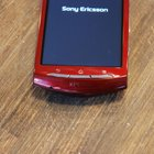 Red Sony Ericsson Xperia Neo hands-on - photo 10