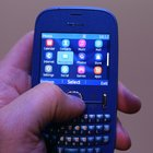 Nokia Asha 200, 201, 300, 303 pictures and hands-on   - photo 8