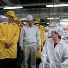 Apple promises to improve working conditions as Tim Cook visits China - photo 2