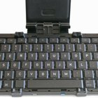 Foldable Bluetooth keyboard that can fit in your pocket looks for Kickstarter funding - photo 6