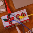 MaKey MaKey lets you control games with fruit - photo 3