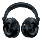 Onkyo blazes into headphones with HF300 and FC300 on-ear and in-ear models - photo 1