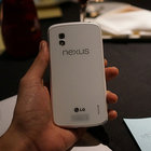 White Nexus 4 hands-on pictures appear online - photo 1